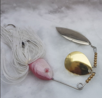 Spinnerbaits Silures, coloris Rose/Blanc.