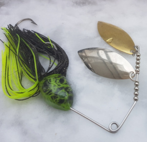 Spinnerbaits Silures, coloris Chartreux/Noir.